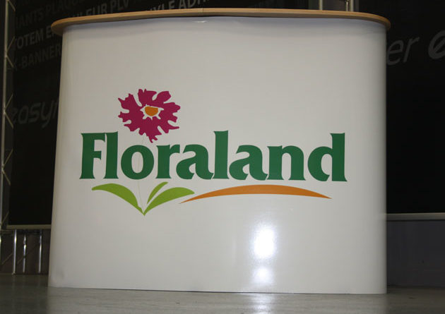 Stand d 39 accueil pour floraland for Stand accueil
