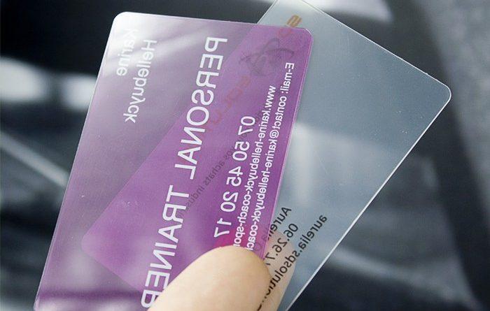 Cartes De Visite PVC Pour Une Com En Acier