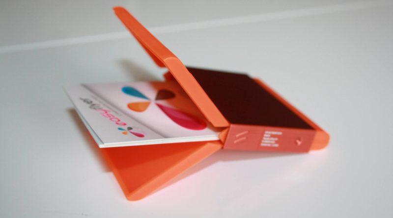 Le porte cartes de visite orange
