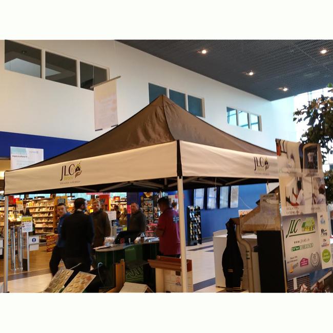 Tente publicitaire personnalisée pour exposition, salon, animation commerciale