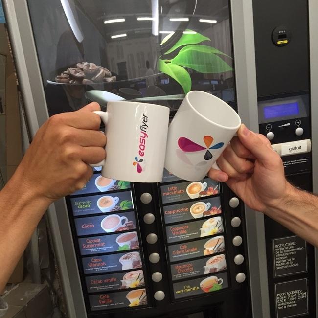 Impression mug publicitaire personnalisé pas cher