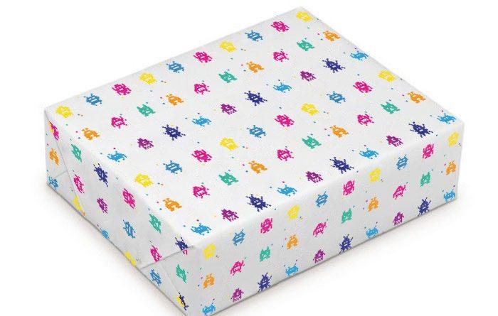 le papier cadeau personnalis est id al pour l 39 emballage. Black Bedroom Furniture Sets. Home Design Ideas