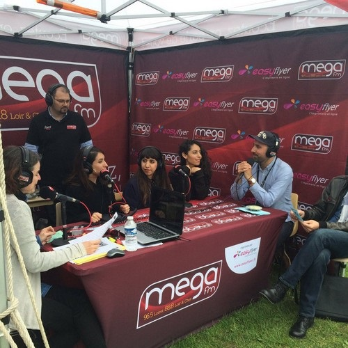 La tente Mega fm Grand Unisson