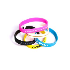 personnalisation bracelet silicone creux