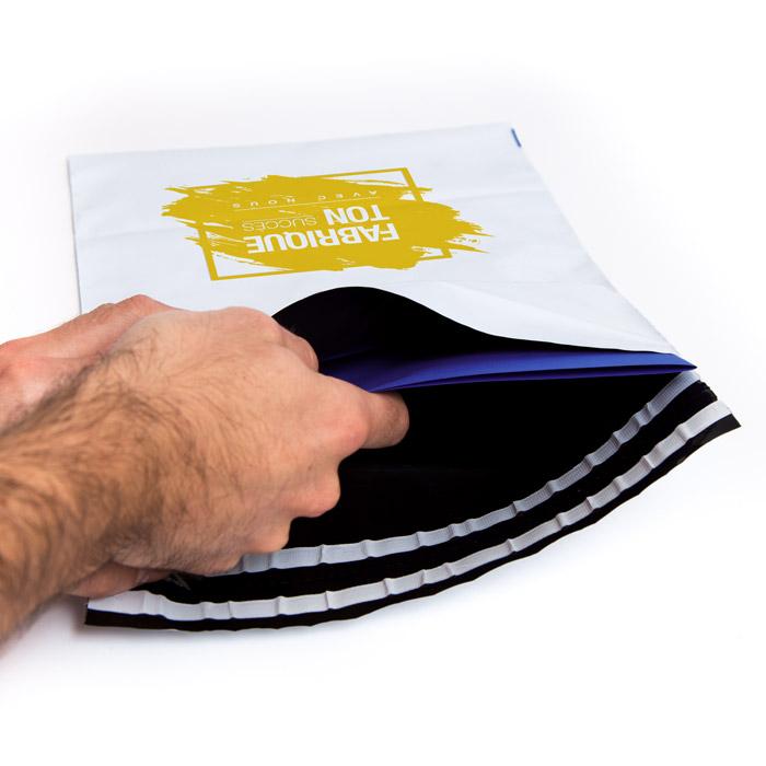 enveloppe plastique personnalisable ouverture facile