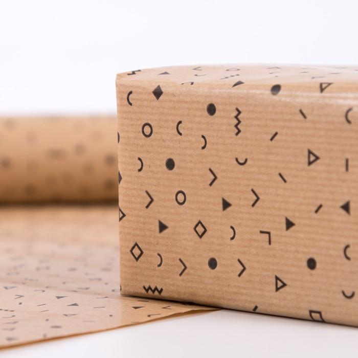 nouveau papier cadeau personnalis coup au format feuille blog easyflyer. Black Bedroom Furniture Sets. Home Design Ideas