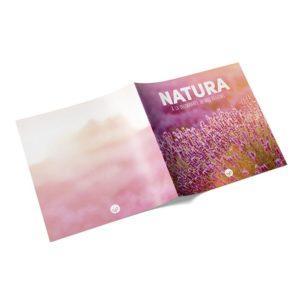 brochure magazine carrée agrafée format 21 x 21 cm fermé